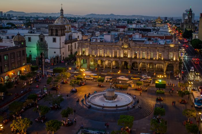 Scaling in the Mexican Silicon Valley - Insights Without Borders